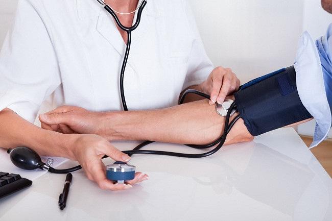 faktor Risiko Kecacatan Fisik Bisa Disebabkan Hipertensi