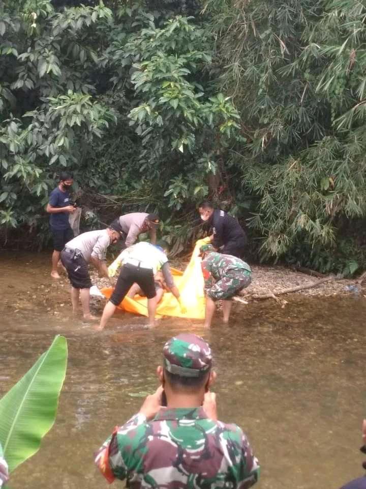 Penemuan Sosok Mayat Di Sungai Kaiti