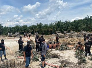 Tim Gabungan Polda Riau Gulung 11 Pelaku Tindak Pidana PETI Di Kuansing