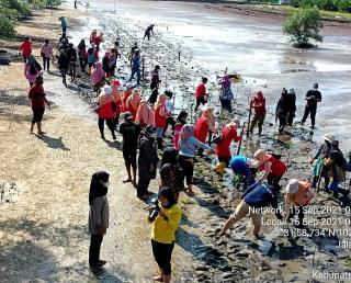 DWP Bengkalis Bersama Sejumlah KTHM Lakukan Penanaman Mangrove di Pulau Terdepan Indonesia