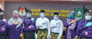 KPU Bengkalis Terima Berkas Pasangan,H.Abi Bahrun-Herman