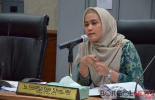 DPRD Provinsi Riau Ikuti Rakor Dengan Direktorat Produk Hukum Daerah Kemendagri Via Zoom Meeting