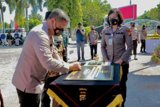 Kapolda Riau Resmikan Vaksin Center Rumah Sakit Bhayangkara Polda Riau