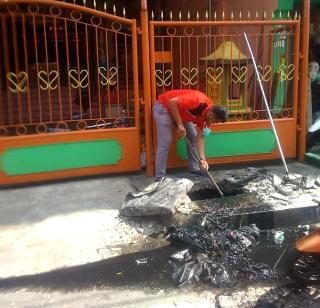 Kelurahan Bagan Kota Mengadakan Rutin Kamis Bersih Dijalan Sumatra Laut