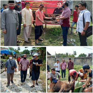Anggota DPR RI Effendi Sianipar Saksikan Pemotongan Hewan Kurban di Masjid Luhur Miftahul Huda