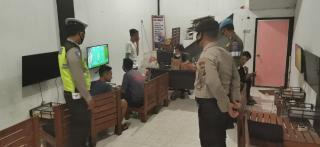 Personel Polres Kampar Rutin Datangi Tempat Keramaian,Himbau Warga Terapkan Protkes