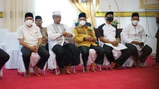 Bupati Dan Wakil Bupati Lingga Menghadiri Pelepasan Mubaligh Ramadhan tahun 1442 Hijriah.